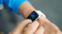 Розумний годинник Apple Watch зможе робити повноцінну кардіограму