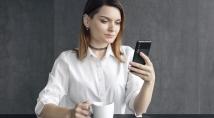 2E E500A 2019 - вигідна функціональність смартфона у новій формі!