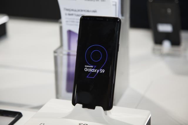 Топ-9 функцій та технологій флагманів Samsung Galaxy S9 та S9+