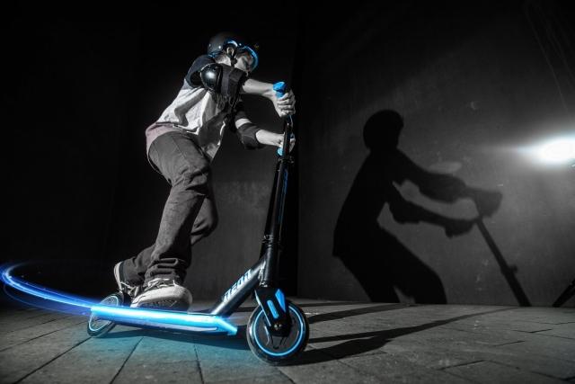 Скейти, самокати, ролики NEON: прямуй до вражень