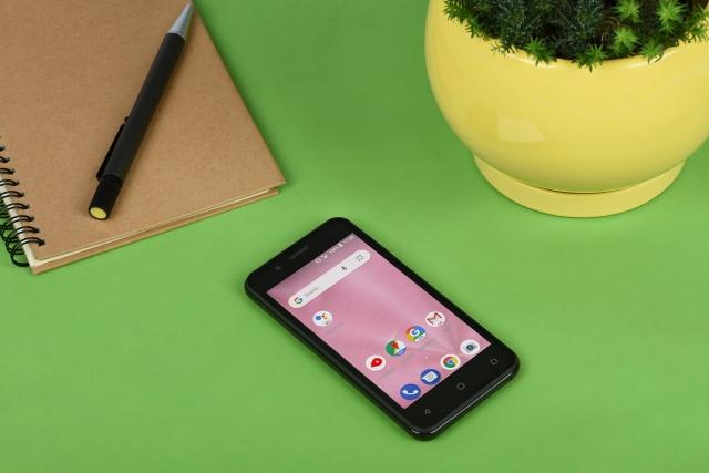 Android Go-смартфон 2Е E450A. Огляд бюджетника і усіх переваг полегшеної оболонки від Google