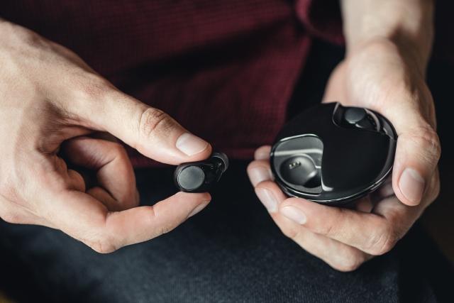 Навушники 2Е – чудове поєднання сучасного стилю та якісного звучання