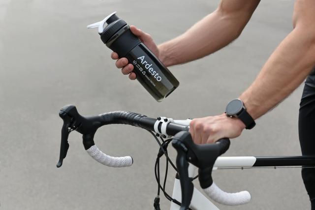Рятуємось від спеки: пляшки для води ARDESTO на складі ERC