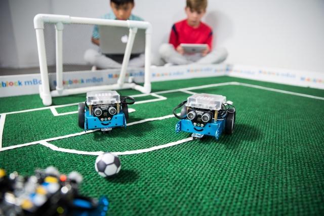 Освіта майбутнього: робототехніка для експериментів і вивчення програмування