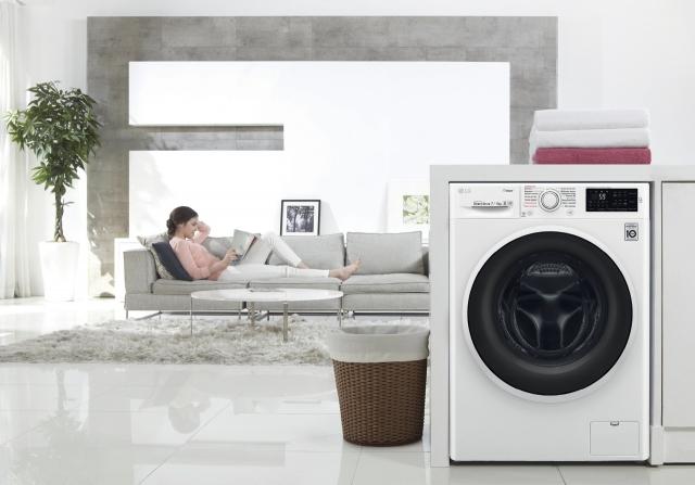 LG F2J6HG0W — новий погляд на чистоту