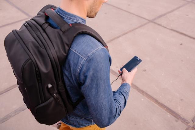 Подорожуй стильно з рюкзаком Segway