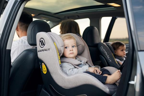 Штрафи за перевезення дітей на звичайних сидіннях