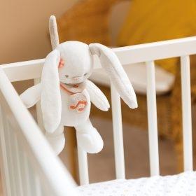 Nattou с музыкой кролик Мия (21 см)